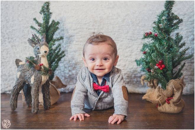 Jack's 1st Christmas - Holiday Family Photo Session-1.jpg