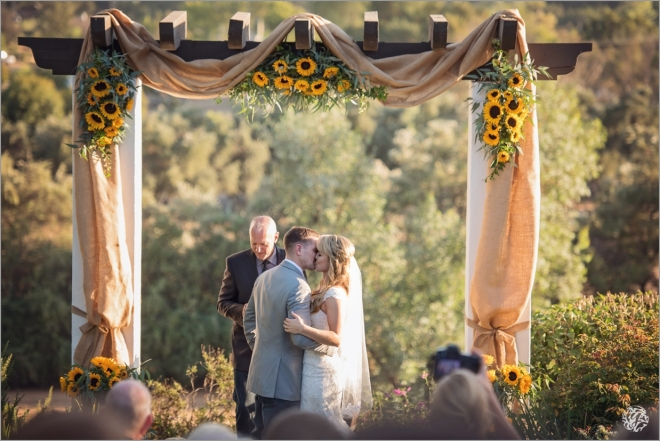 00096 - Yana's Photos - Los Angeles Wedding Photographer - Ojai Sunflower Ranch Wedding.jpg