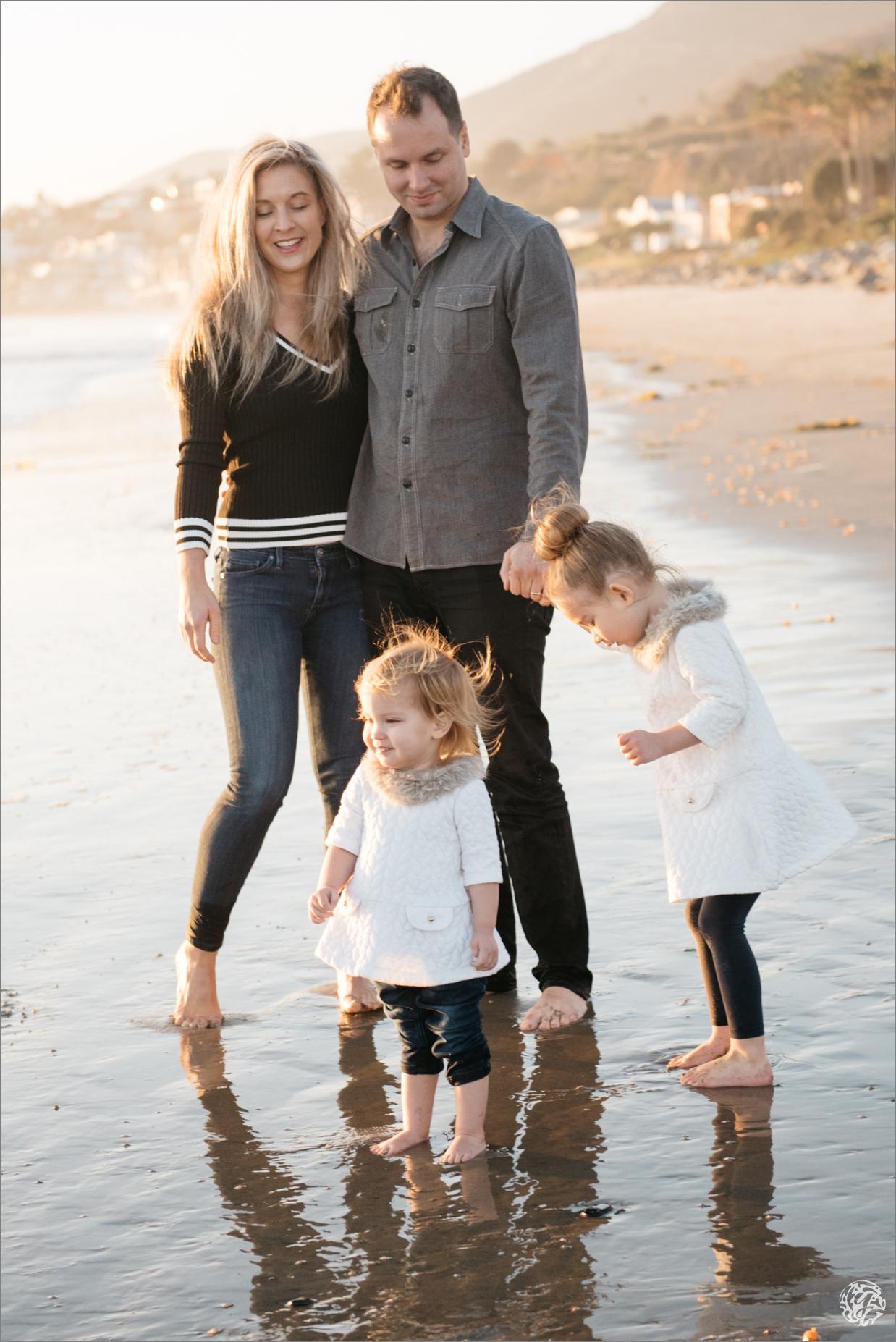 Yana's Photos - Los Angeles Family Beach Photographer