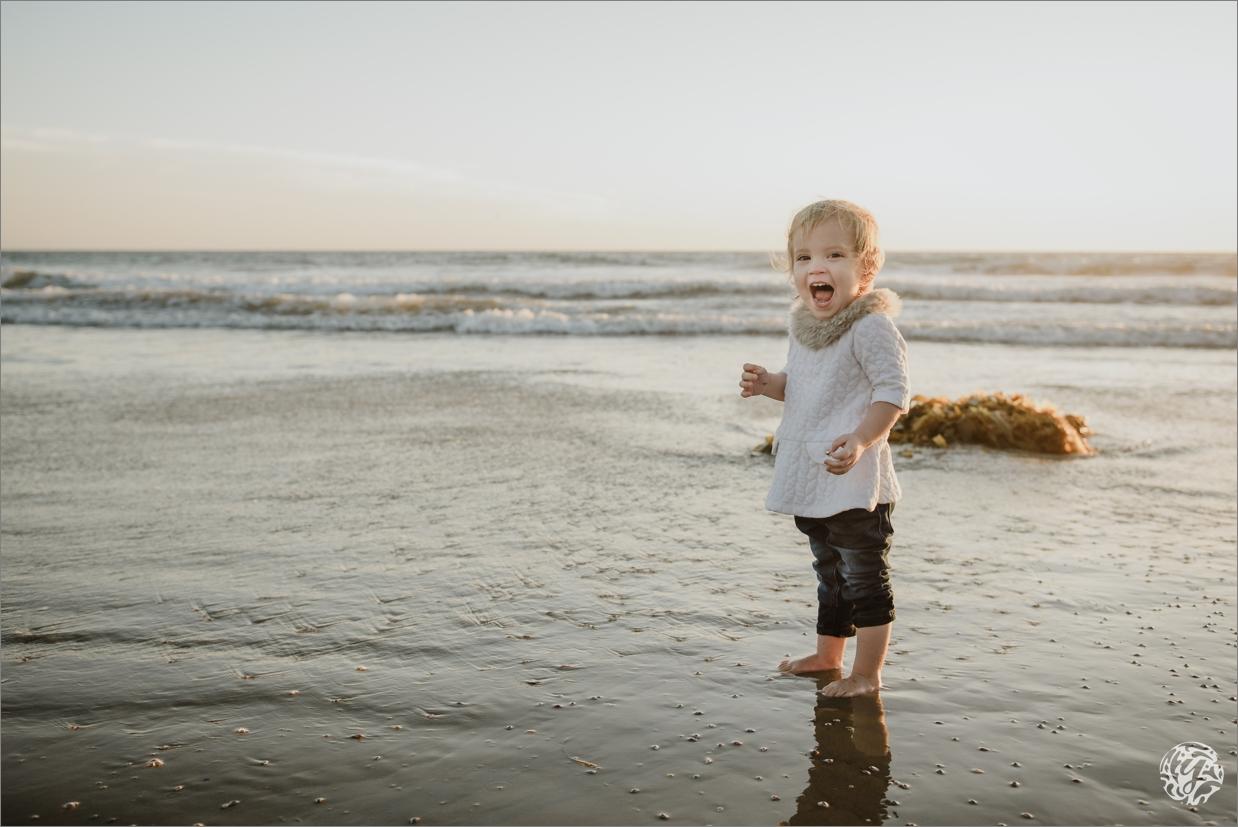 Yana's Photos - Los Angeles Family Beach Photographer 3115.jpg