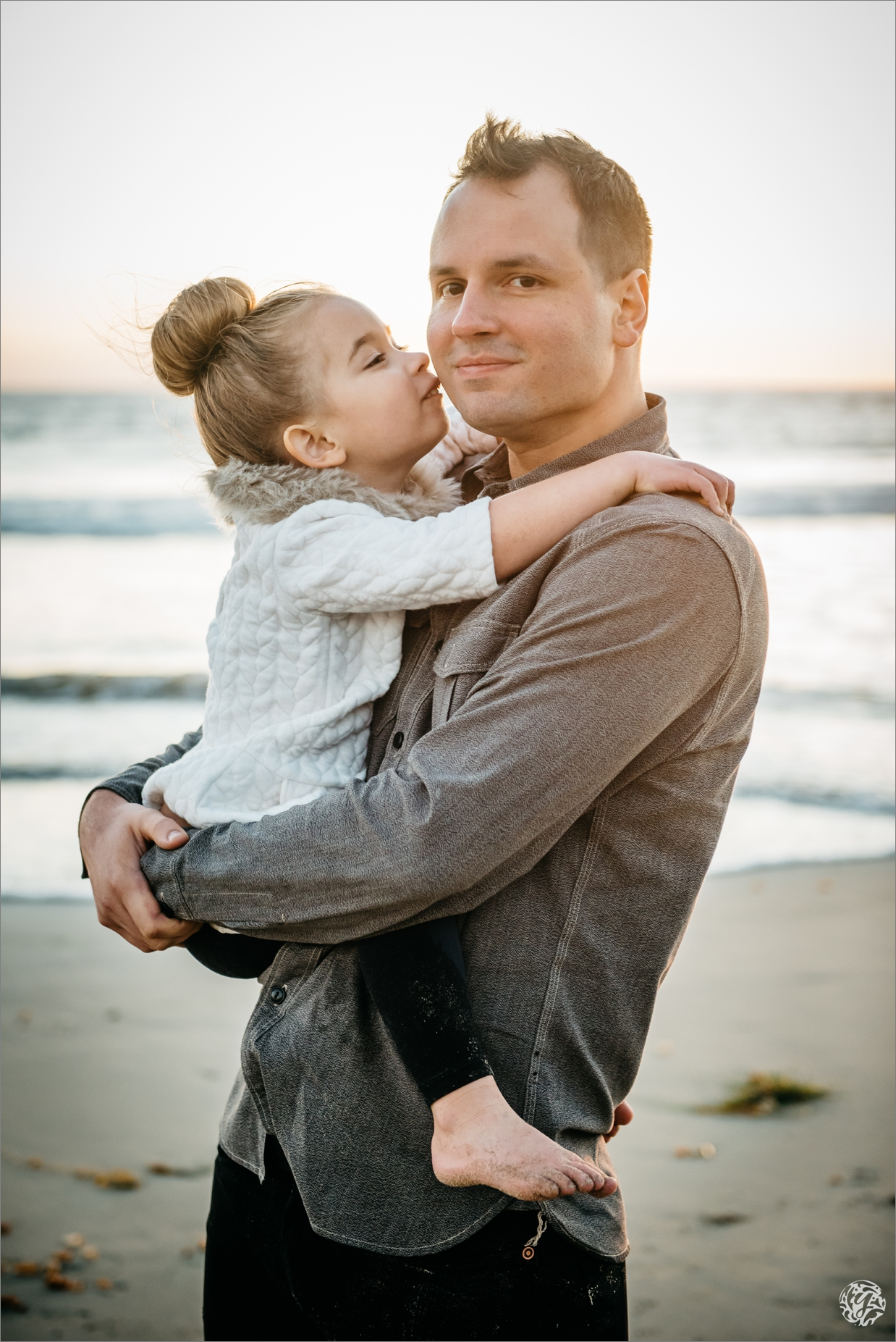 Father and daughter at Malibu Beach - Los Angeles Beach Photographer 3286.jpg